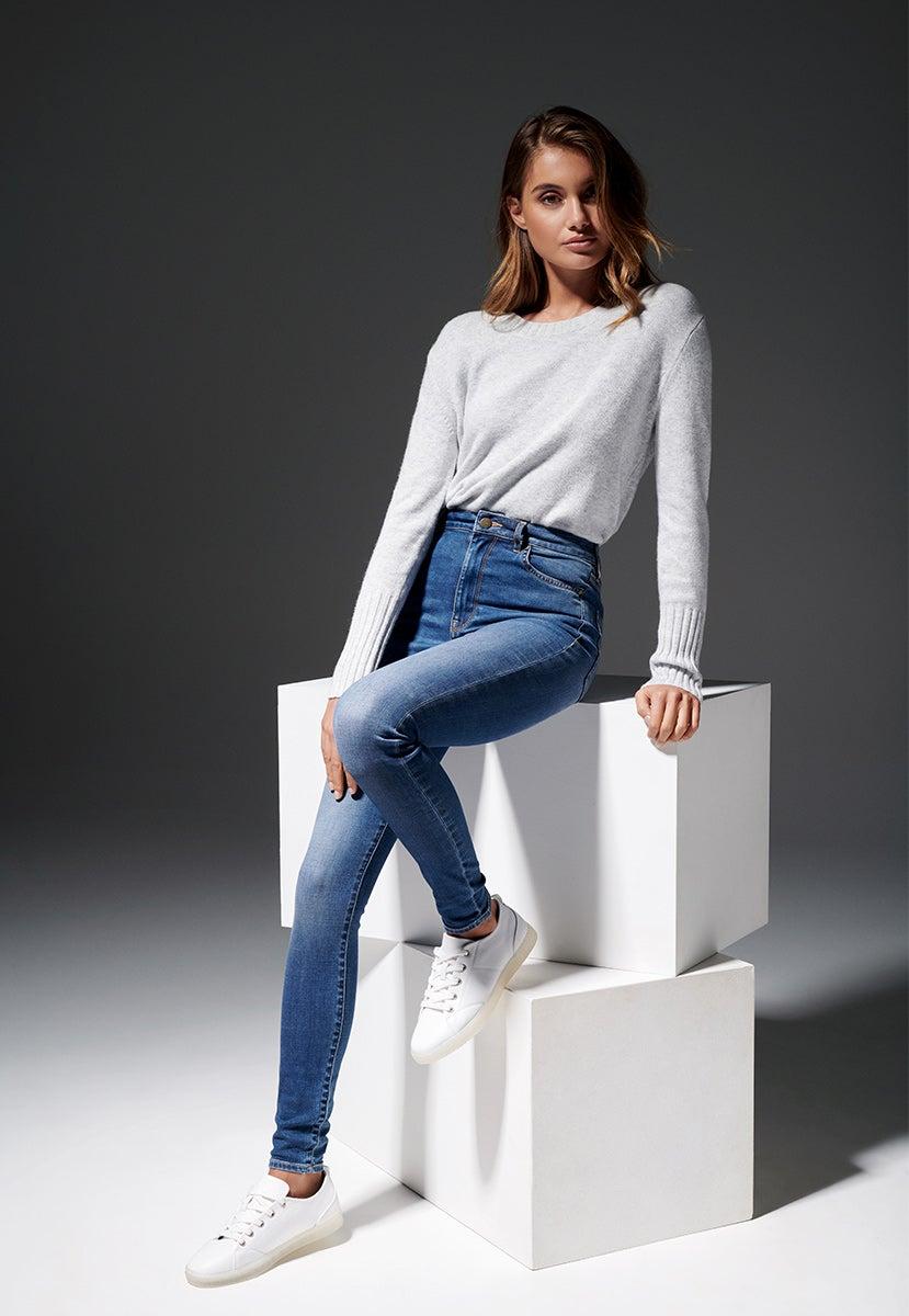 3 ways to style skinny jeans